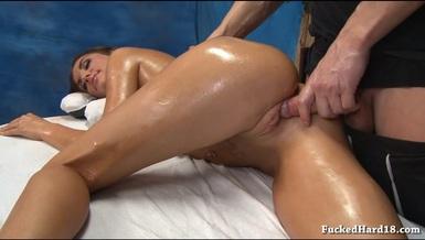Ласковый массажист интим онлайн фото 420-760